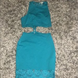 Very cute two piece dress! Worn once!